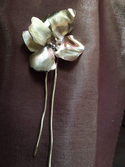 épingle fleur ©l'air de rien vous avez tout
